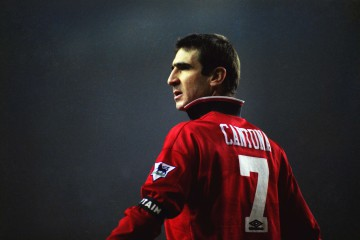 Football - Tottenham Hotspur v Manchester United - Premier League 95/96 - White Hart Lane - 1/1/96 Eric Cantona of Manchester United Mandatory Credit: Action Images