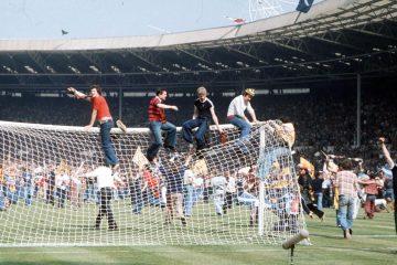 Invasión Wembley 77