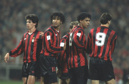 AC Milan Players forming a wall